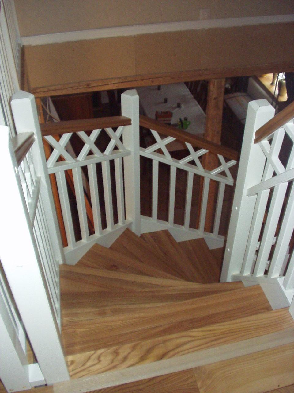 Femkantig trappa